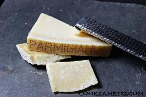 453df0d2b6895e026d209e73d446d2e1--parmigiano-reggiano-whole-foods-market