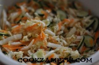 ovoshchnoj-salat-s-pekinskoj-kapustoj-25039