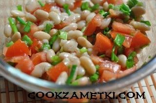 salat-iz-konservirovannoj-fasoli-s-pomidorami-26339