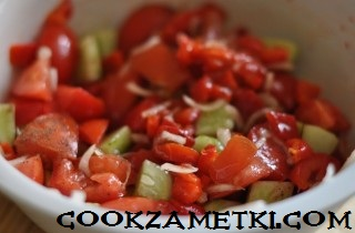 shopskij-salat-s-brynzoj-25407