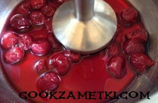 vishnevyj_muss_s_jogurtom-4