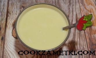 mussovoe-pirozhnoe-s-ananasom-05-330x200