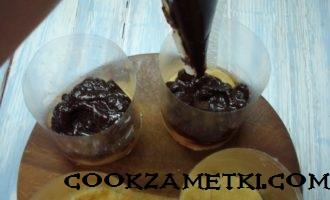 mussovoe-pirozhnoe-v-zerkalnoj-glazuri-bez-evroformy-12-330x200