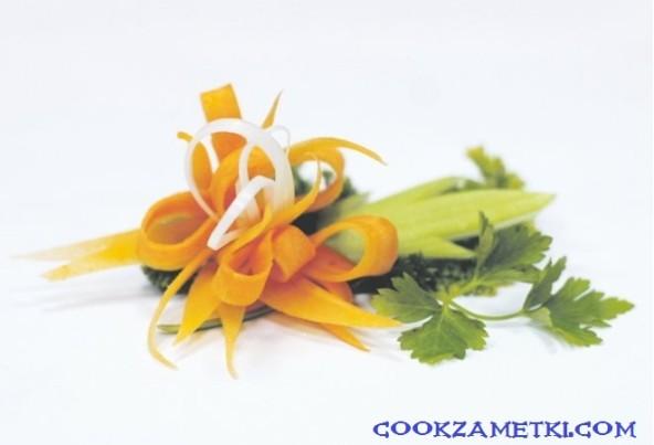 Цветок из моркови.