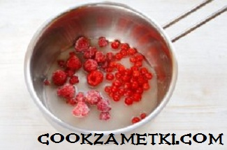 tort-krasnyi-barxat-s-zerkalnoi-glazuru_1477118456_fe_13_min