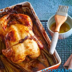 Запеченный цыпленок в маринаде из простокваши с аджикой.
