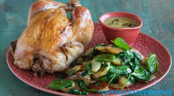 Курица, запеченная в фольге.