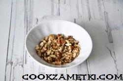 sharlotka-s-yablokami-v-smetane_1545055345_3_min