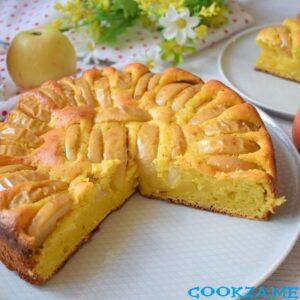 Шарлотка творожная с яблоками в духовке.