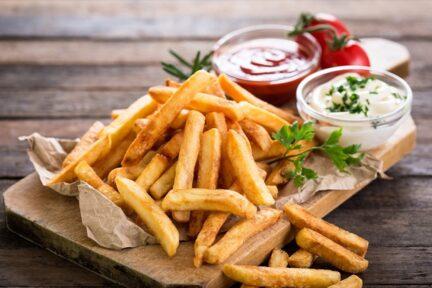 Как приготовить дома идеальный картофель фри