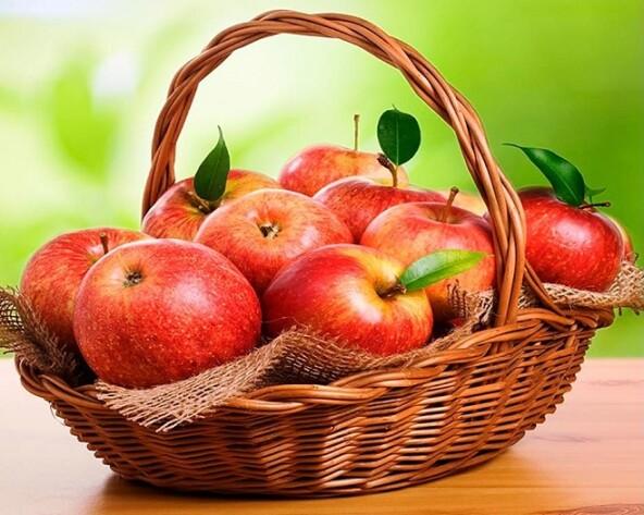 Какие яблоки лучше для пирогов, какие лучше для соков, сушки, варенья…