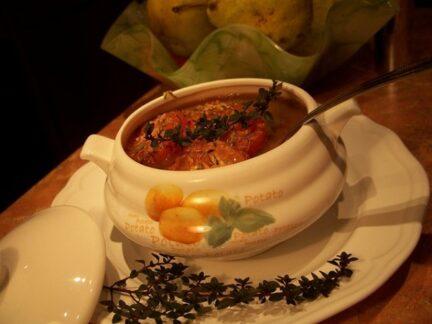 Фасолевый суп с запеченными томатами черри и тимьяном