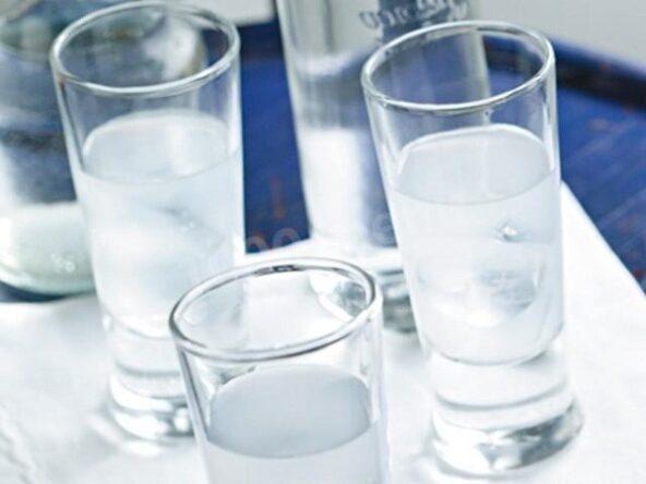 Дрожжевой самогон с сахаром и водой