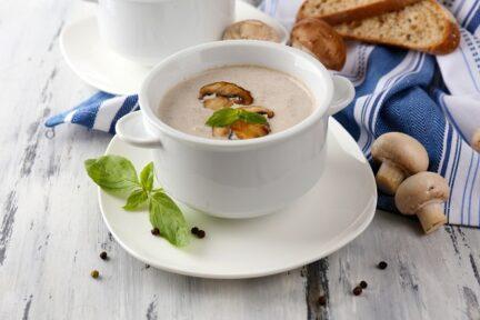 Крем суп из шампиньонов с сыром