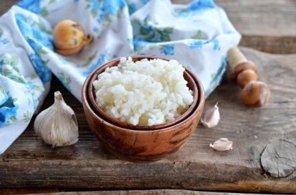 Рассыпчатый рис в микроволновке