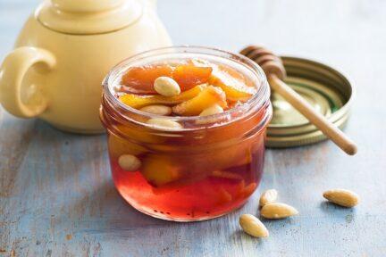 Варенье из персиков с косточками