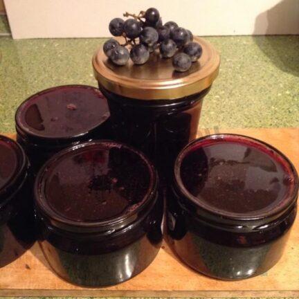 Желейное варенье из дикого винограда