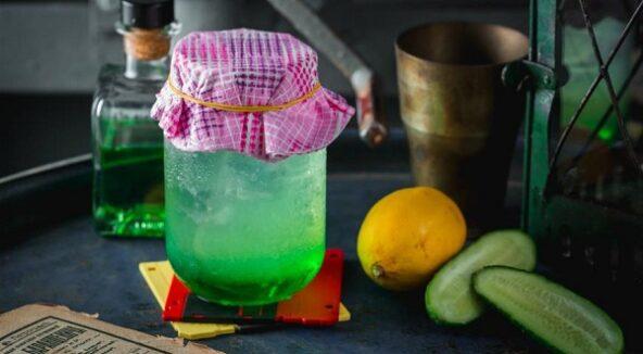 Лимонад с дыней и огурцом