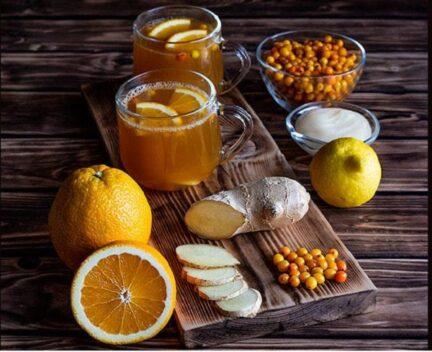 Облепиховый морс с мёдом, имбирем, апельсином и лимоном