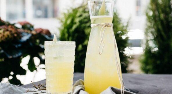 Лимонад с ананасом и эстрагоном